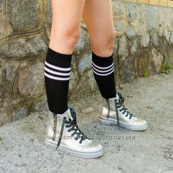 Гольфы черные ниже колена спортивные в полоску высокие носки