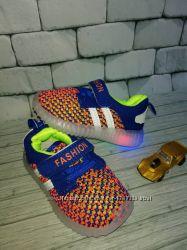 Кросівки з подсветкою з 23 по 24 розмір РОЗПРОДАЖ