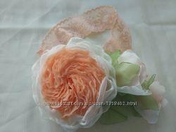 Повязка на голову,  ручная работа, цветы из шифона и атласных лент