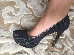 Туфли 39 натуральная замш Queen