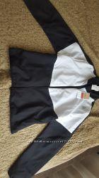 Продам женский спортивный костюм Reebok