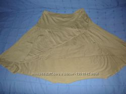 Приятная трикотажная юбка цвета хаки