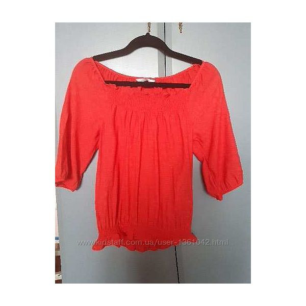 Яркая коралловая блуза
