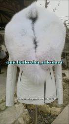 Шикарная куртка из натуральной кожи и натуральным воротником из песца