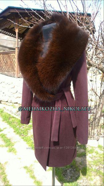 Пальто из кашемира с натуральным воротником финского песца