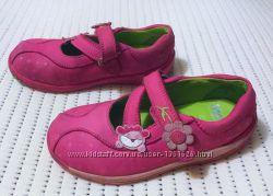 Яркие очаровательные туфельки  Clarks 7, 5