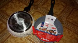 Сковорода алюминиевая с антипригарным мраморным покрытием d-20 см. Новая