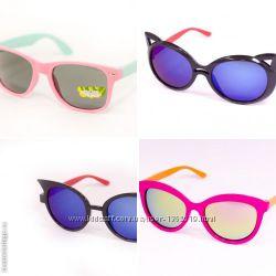 Детские модные солнцезащитные очки.