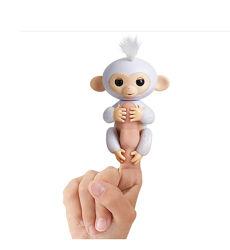 Fingerlings Glitter Monkey - Sugar White Glitter мартышка