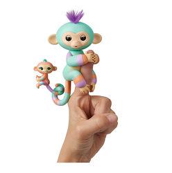 Обезьянка Fingerlings с малышом на хвостике
