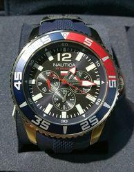 Часы мужские Nautica NAPWHC004 . новые, оригинал