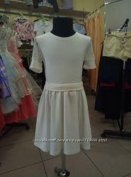 Белое платье трикотажное