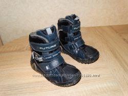 Классные термо ботинки , 16 см. по стельке , 25 размер.