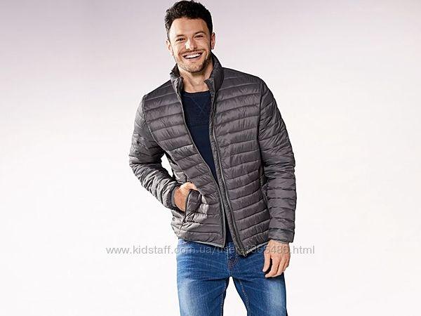 Легенькие деми куртки , германия р. 50 и 52