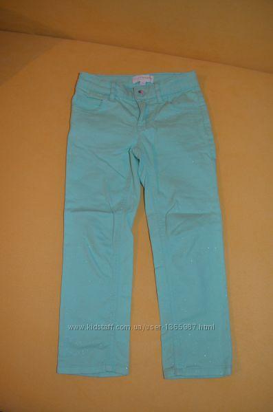 Мятные стрейчевые джинсики с блесками на 4-5 лет