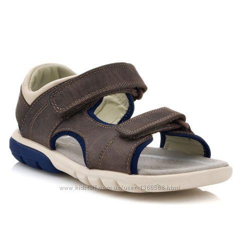 Шкіряні сандалі Clarks Rocco Wave Brown