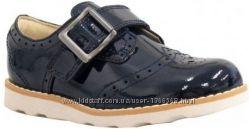 Шкіряні черевики Clarks Crown Pride  Navy