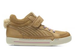 Шкіряні черевики Clarks Lilfolk Boo Tan
