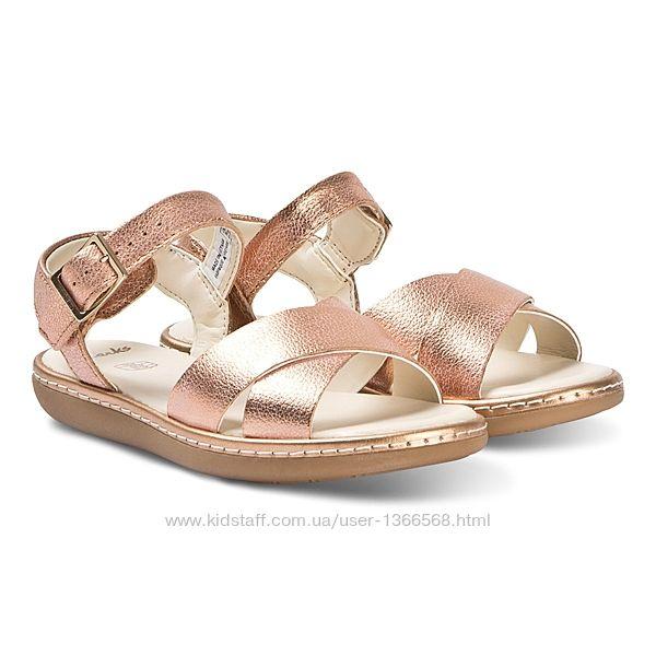 Шкіряні сандалі Clarks Skylark Pure Bronze