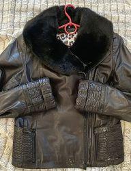 Крутая стильная кожаная куртка косуха воротник норка норковый