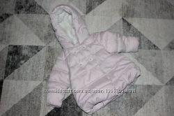Милая  демисезонная курточка Next на 6-9 месяцев