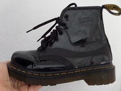 Ботинки демисезонные оригинал Dr. Martens кожа 32 -33 размер-21 cm