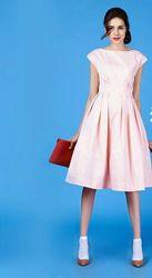 Шикарное платье  нежно-розовый цвет от befree