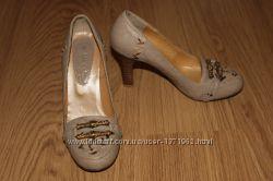 Различные босоножки, туфли, свадебные босоножки