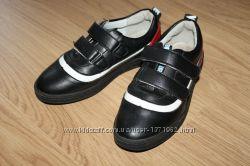 Ботинки, туфли р. 35 ст. 22