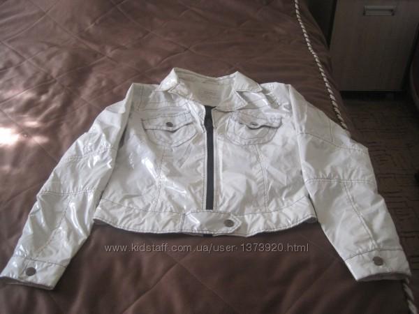курточка лакированная