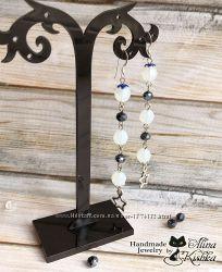 Длинные нарядные блестящие серьги с натуральным лунным камнем и хрусталем