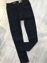 Стильные синие джинсы Некст скины 12 лет