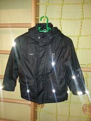 Куртка непромокаемая ветровка черная дождевик 7-8 лет