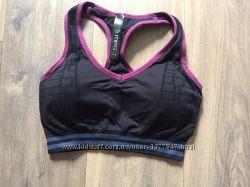Спортивный топ женский mpg черный в клеточку с розовой оборкой