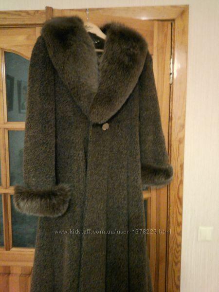Пальто жіноче зимове із шикарним воротом із песця
