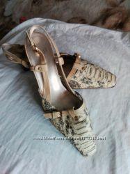 Босоножки, літні туфлі жіночі Hogl