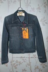 Джинсовая курточка новая размер 40-42 S