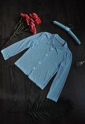 Голубая рубашка-блузка с длинным рукавом