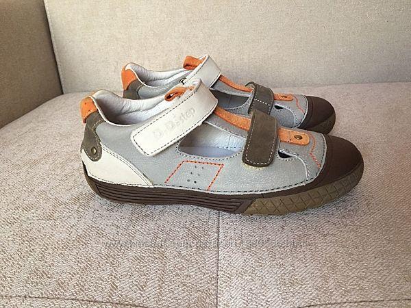Відкриті туфлі D. D. Step розмір 35