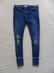 Узкачи мужские джинсы скинни с рваностями Topman, 32 размер.