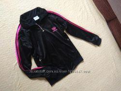Брендовая спортивная кофта мастерка Adidas, 8-10 размер.
