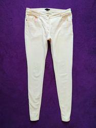 Стильные  пудровые джинсы скинни H&M, 14 размер.