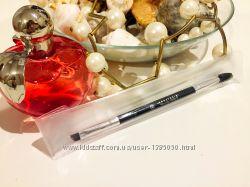 Скошенная кисть для бровей бренда Anastasia Beverly Hills 12