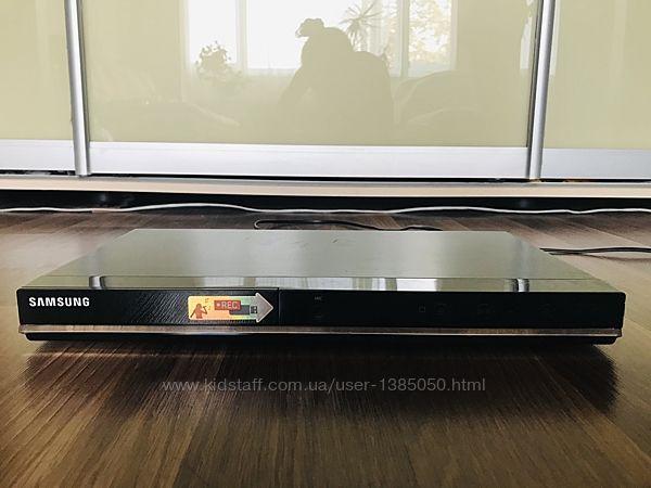 DVD-плеер Samsung DVD-D360K