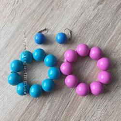 Набор серьги голубые и браслеты голубой и розовый на резинке