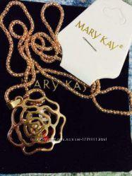Эксклюзивная подвеска Золотая роза Mary Kay с кристаллами с цепочкой