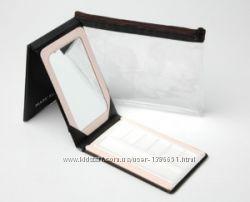 Компактное розовое зеркало и косметичка от Мери Кей