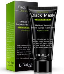 Черная маска в тюбике черно зеленая коробка. биоаква.