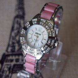 Женские часы sbao со стразами и керамическим ремешком