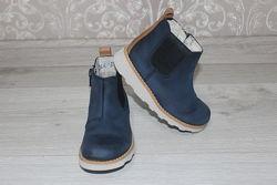 Кожаные ботинки для девочки Clarks